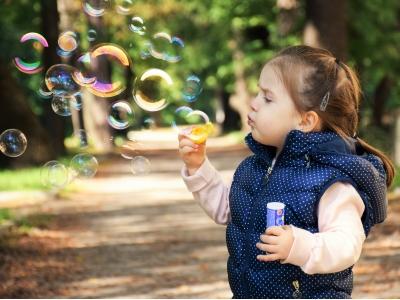 儿童白癜风初期症状特点有哪些
